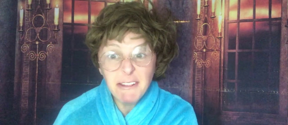 Mrs Gibney sings Karaoke in Mary's Gaf