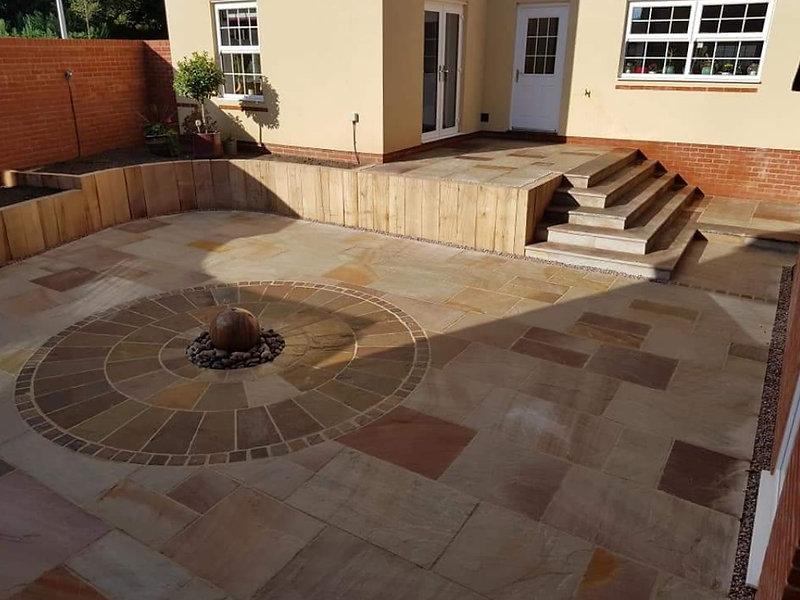paved-courtyard-paving-in-tiverton-devon