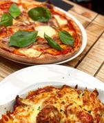pizza-and-pasta-at-italian-restaurant-yo