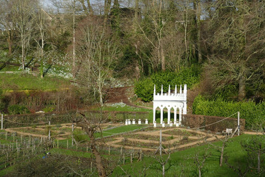 Rococo Gardens in the Cotswolds