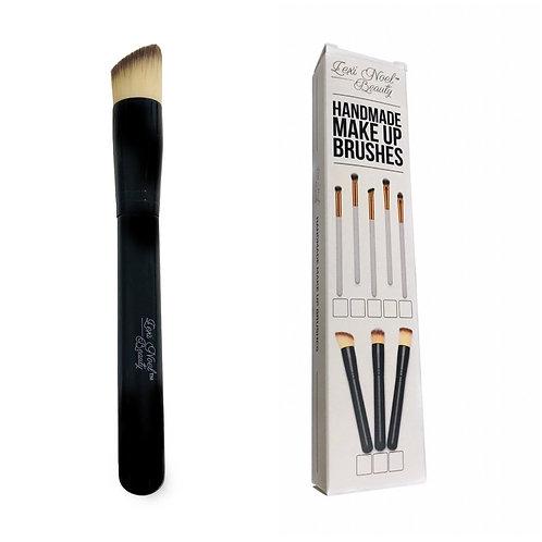 Blending Contour Makeup Brush