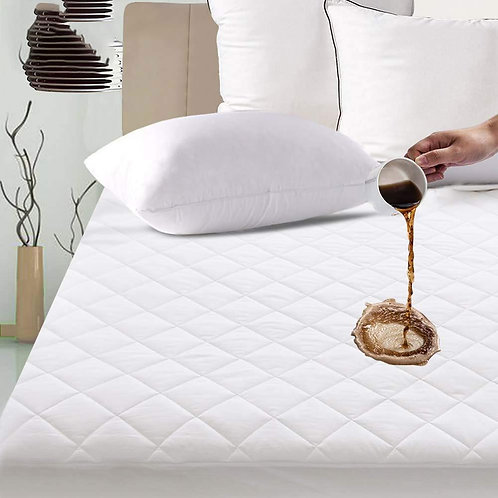 Quilted Mattress Cover Hypoallergenic Bed Cover Machine Washable