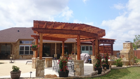 CR 3405_Cedar Pergola with louvers_Others_Pic 6.JPG