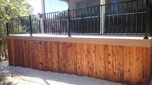 Sun City_Composite deck with rails_Picture framed deck boards_Others_Pic 2.JPG