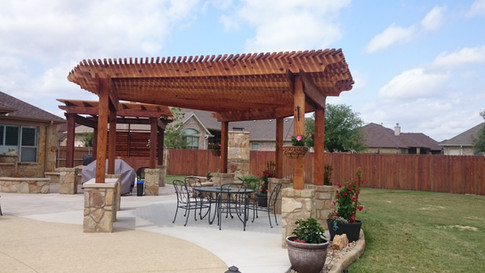 CR 3405_Cedar Pergola with louvers_Others_Pic 5.JPG