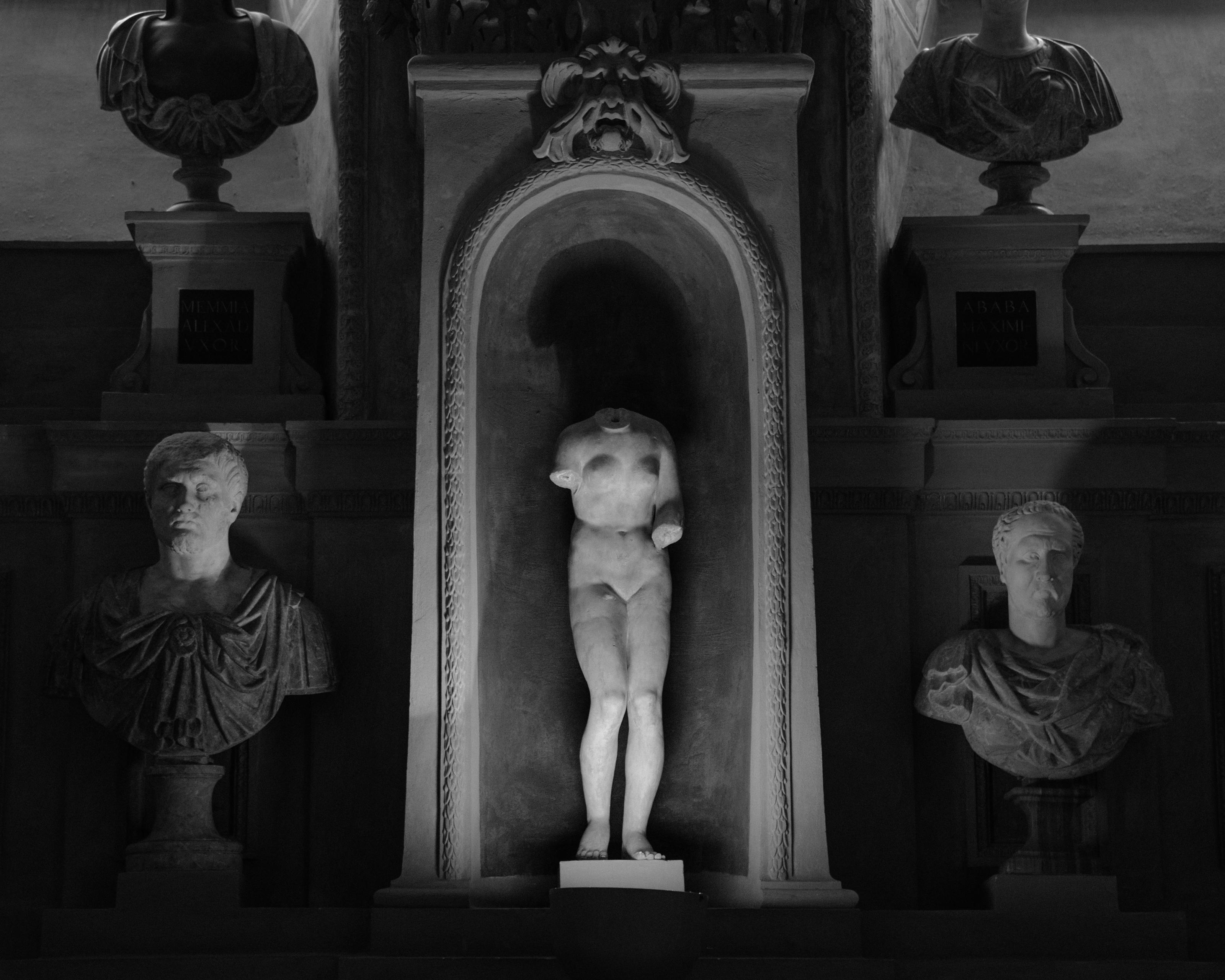 Amrita Stuetzle - 201 - Headless Sculptu