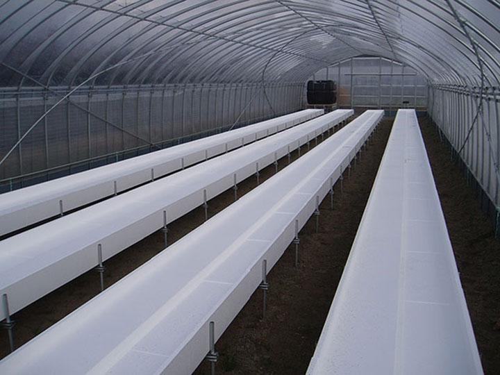 栽培ベッドの設置