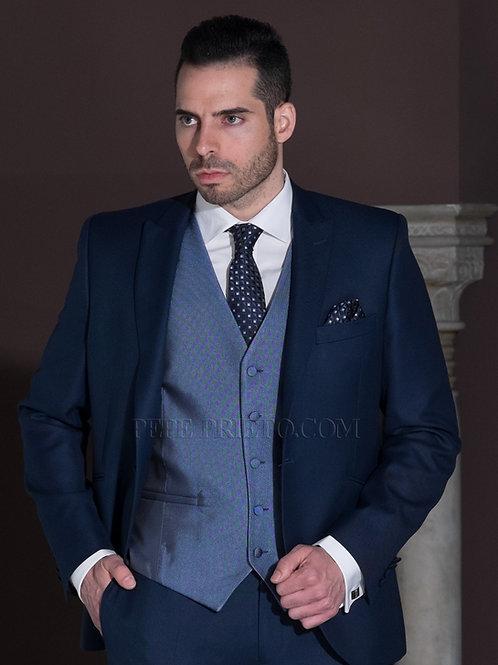 Traje de novio entallado azul de lana fresca