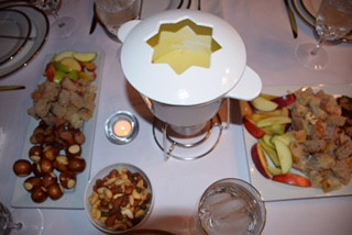 Yes we do fondue!!! Do you?