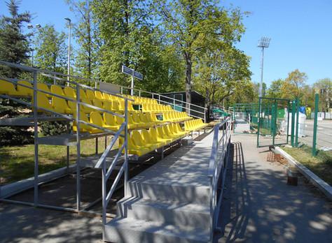 Ремонт трибун на футбольном поле №11 в Лужниках