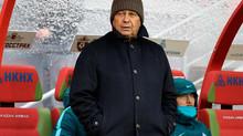 """Луческу признал поле на """"Казань-Арены"""" лучшим с начала чемпионата."""