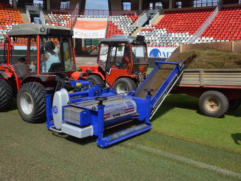 Реновация поля на стадионе Локомотив