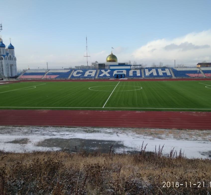 """Новое поле на стадионе """"Спартак"""" в Ю"""
