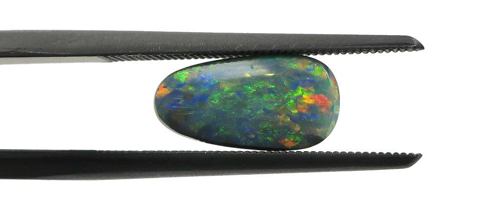 0.86 ct Black Opal | 10.3 x 5.3 mm