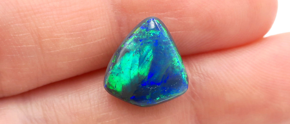 3.09 ct Free-Form Black Opal