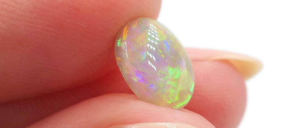 0.90 ct Crystal Opal | 8.7 x 6.2 mm