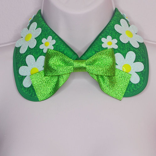 GLITTER DAISY COLLAR by InterroBangBang  | White Flower on Grass
