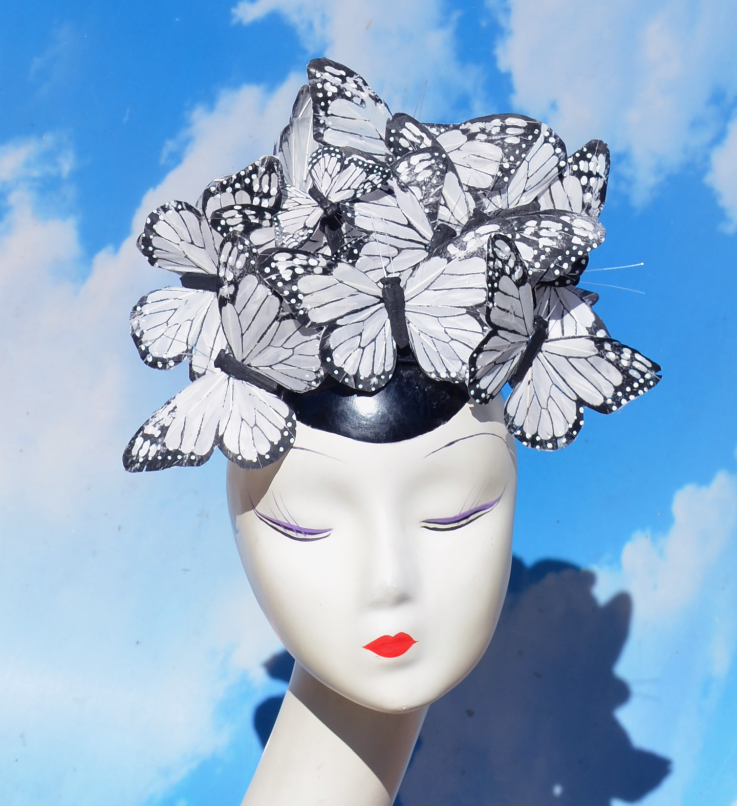 The Beatrice - White Monarch Feather Butterfly Hatinator Fascinator Cocktail Hat