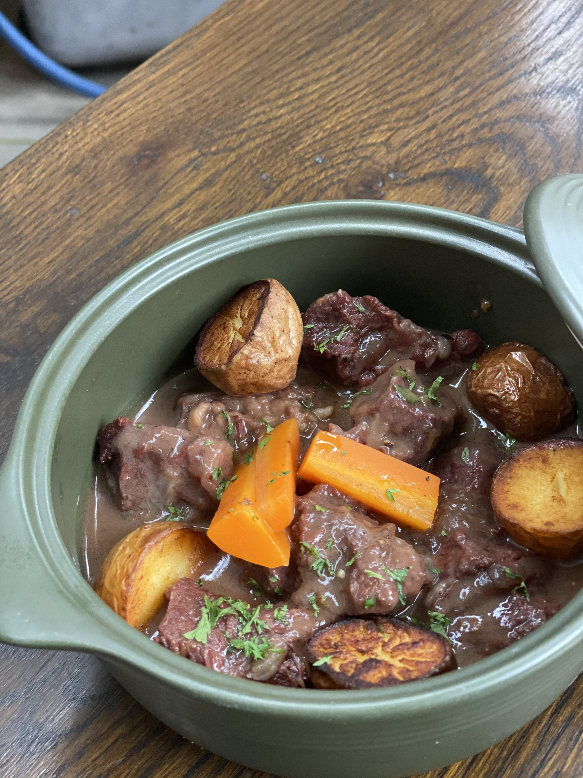 Beef Cheek Bourguignon (Má bò hầm rượu vang)