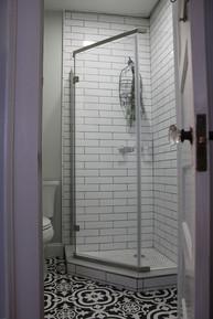 Chesnutt Bathroom