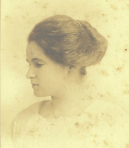 Grandmunnie MacPherson-Youth.jpg