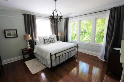 Chesnutt Room at MacPherson House Bed & Breakfast