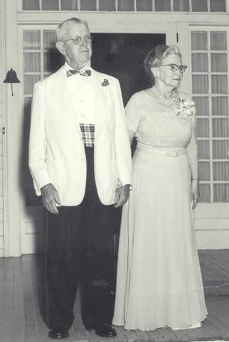 Granddaddy & Grandmunnie.jpg