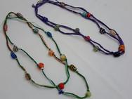 Colares de fio de seda com muranos
