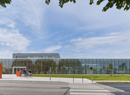 A Bayeux : Médiathèque par SERERO Architectes Urbanistes