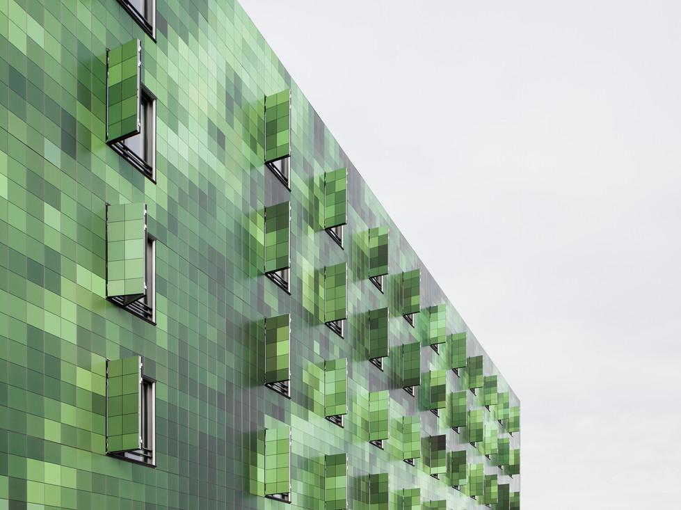 Lankry_architectes_-_Pharmacie_et_servic