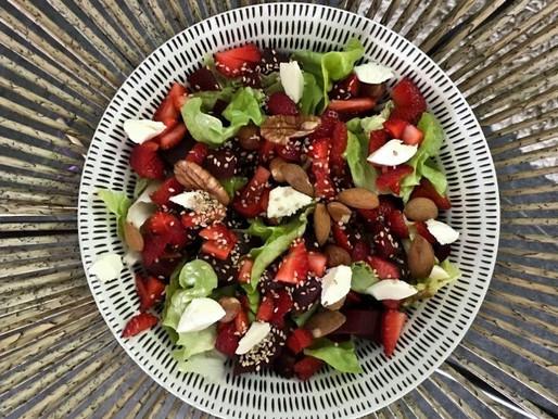 Recette - Salade verte aux fraises et à la betterave
