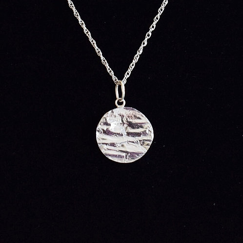 Sterling silver textured round pendant  necklace
