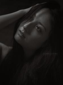 Contemporary Portraiture by Sazhrah Gutierrez Photography. Classic, modern, timeless.