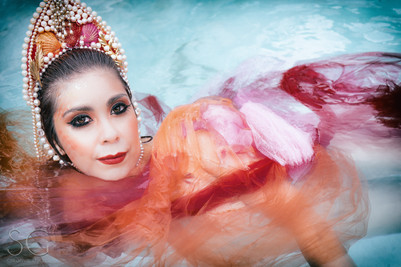 Conceptual Portraiture by Sazhrah Gutierrez Photography. Fantasy, surreal, storytelling.