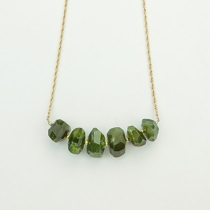 Vesuvinite and Chain Necklace