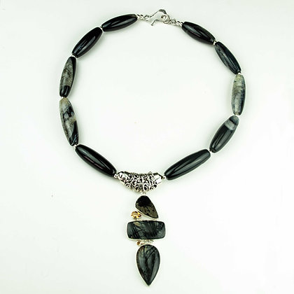 Tourmalated Quartz and Agate Necklace
