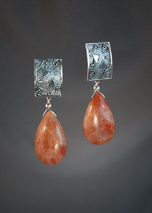 E15296 Rudillated Quartz Earrings