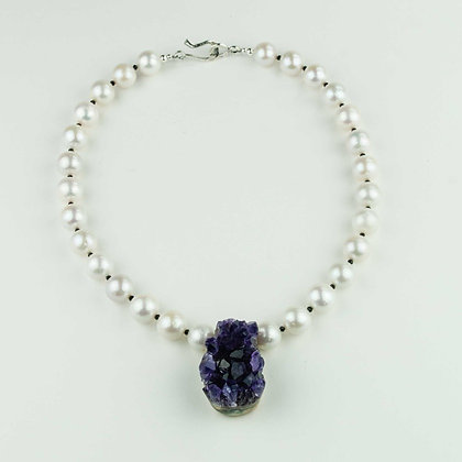 Akoya Pearl and Amethyst Necklace