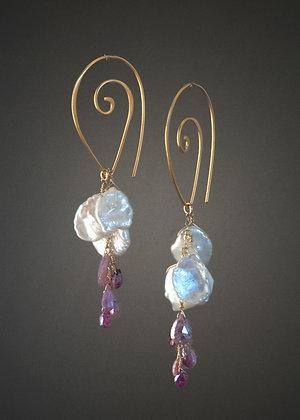 WE27117 Keshi Pearl and Sapphire Earrings