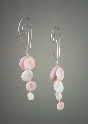 Queen Conch Shell Earrings