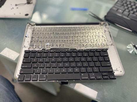 Replace MacBook Air keyboard