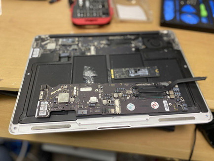 Replace MacBook Air LogicBoard