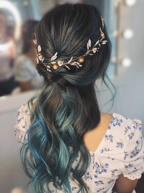 Hair down waves - Alisha Hopps