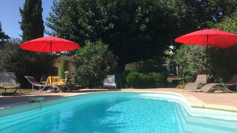 Chambre_d'hôtes_Vaucluse_avec_piscine.jp