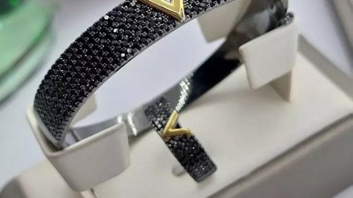 Браслет и кольцо с цирконами из серебра 925 пробы