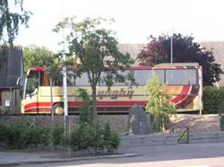 Bustur01.jpg