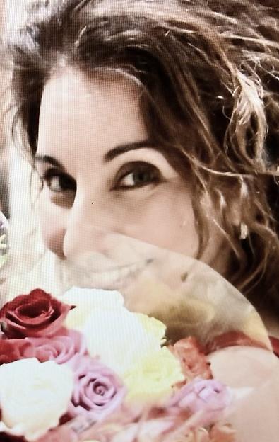 stella roses.png