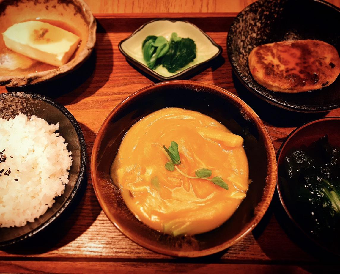 南瓜燉菜與豆腐排