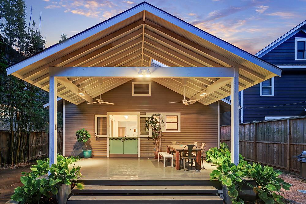 bungalow back porch