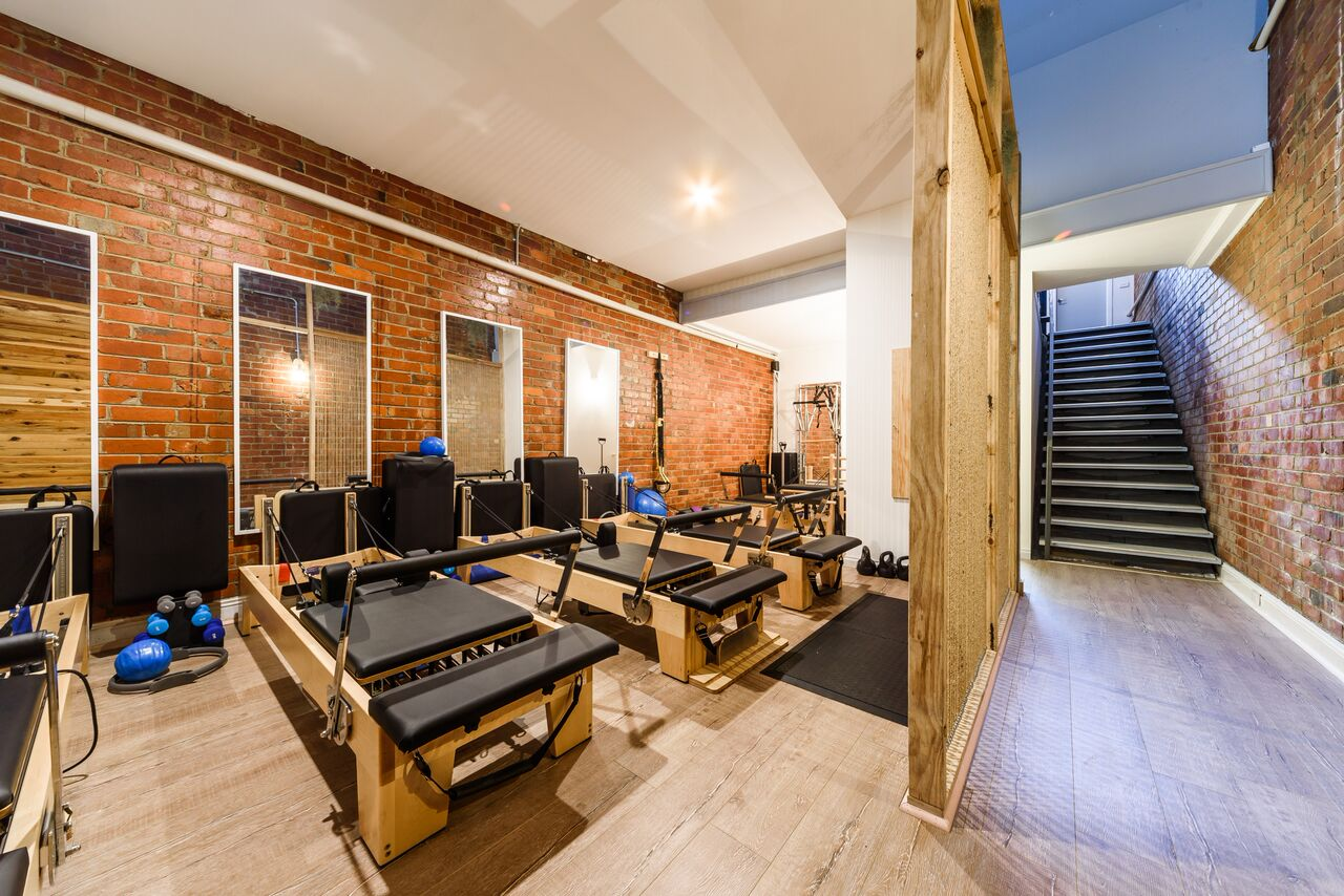 Small group classes: Clinical & General Reformer Pilates